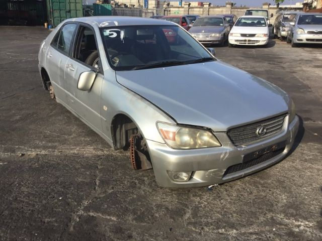 Lexus IS200 GXE10R