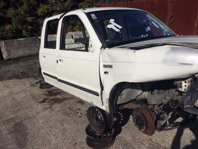 Ford Courier PG 2002 - 2007