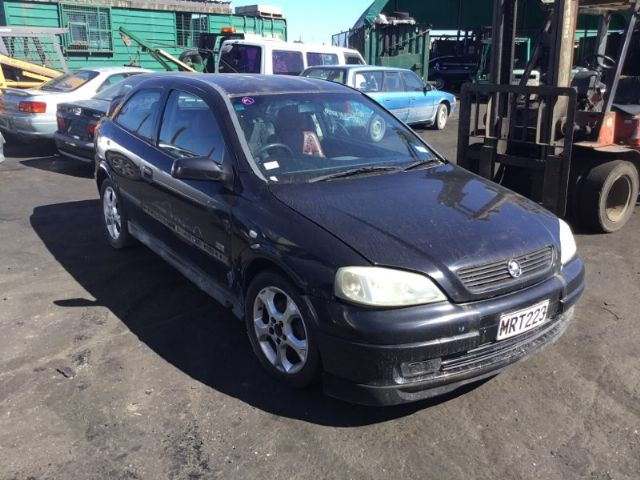 Holden Astra TS 12/00-12/04