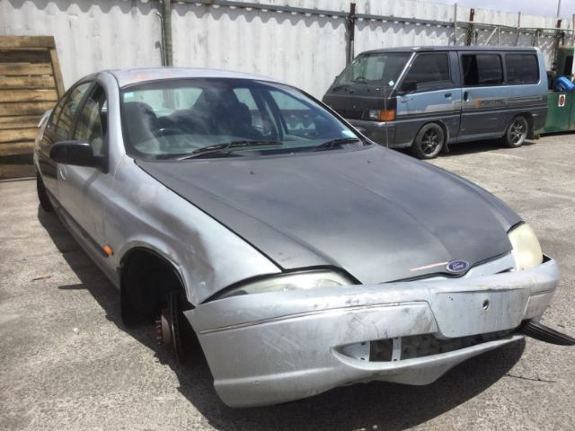 Ford Falcon AU1 XR6 09/1998 - 04/2000