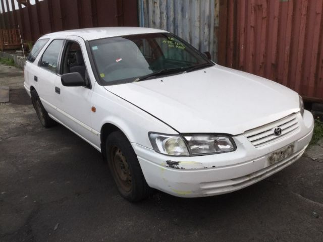 Toyota Camry SK20